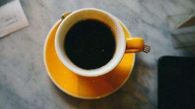 café dangereux allaitement